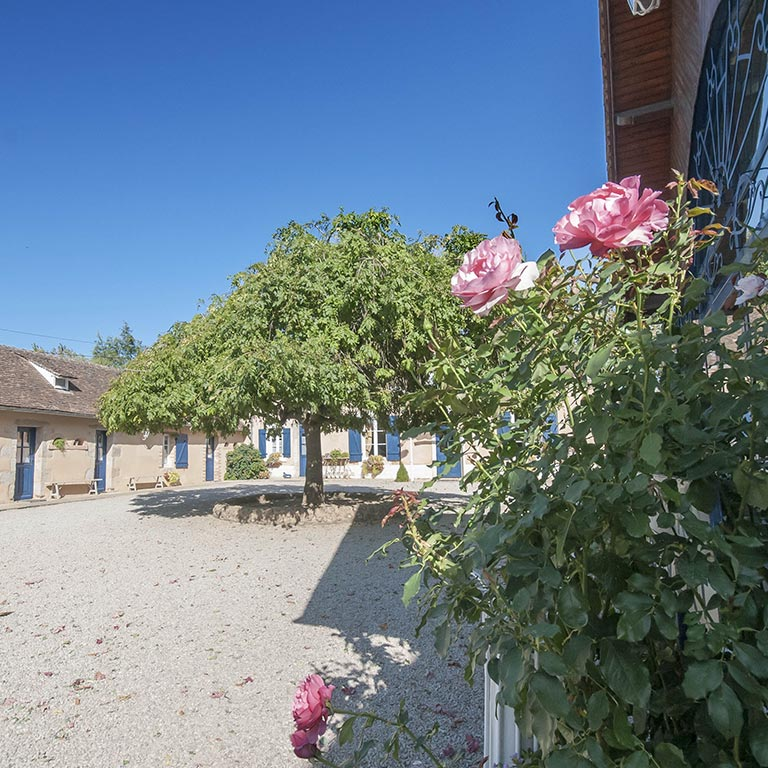auxforgesdelarose-gite-roses
