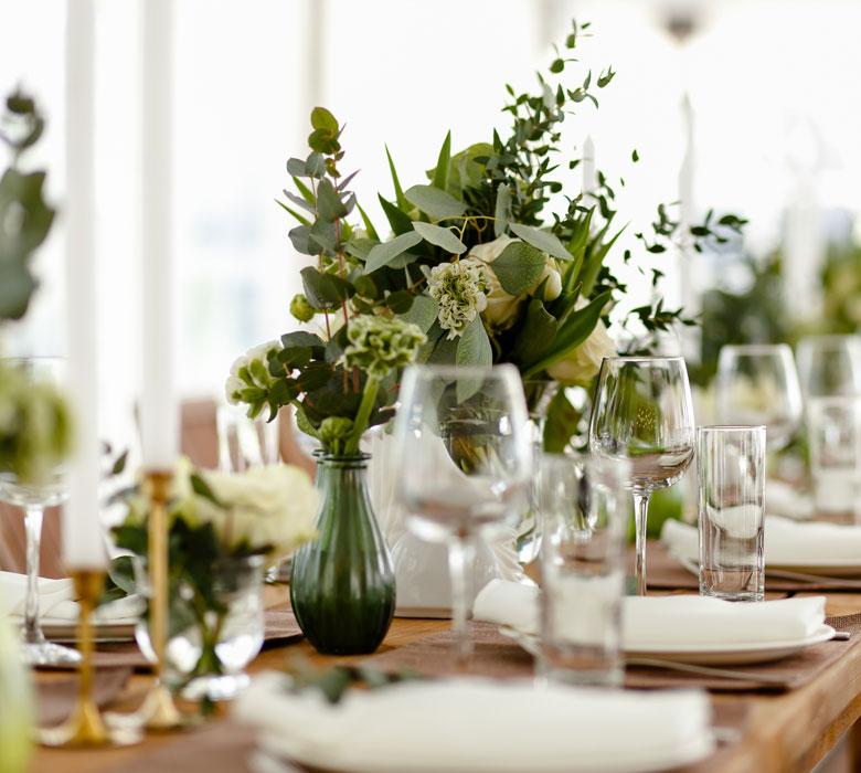 auxforgesdelarose-prestations-decoration-salle-fleuriste